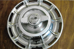 things that sell best on ebay - corvette hubcaps